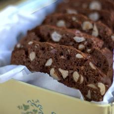 Gluten Free Chocolate and Hazelnut Biscotti - foodonomy