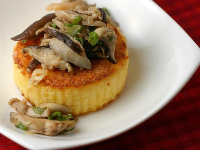 Polenta Cakes with Wild Mushrooms - foodonomy
