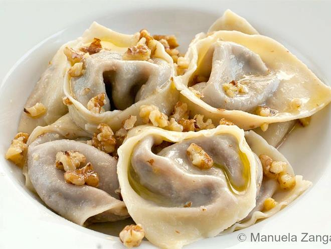 ... And Gorgonzola Tortelloni With Butter And Walnuts - foodonomy